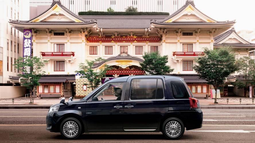 Toyota, Japonya için LPG'li yeni bir taksi tanıttı