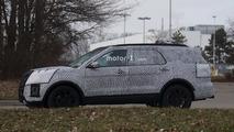 2019 Ford Explorer spy photo