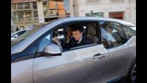 Ministro Lupi, consegna delle chiavi della BMW i3