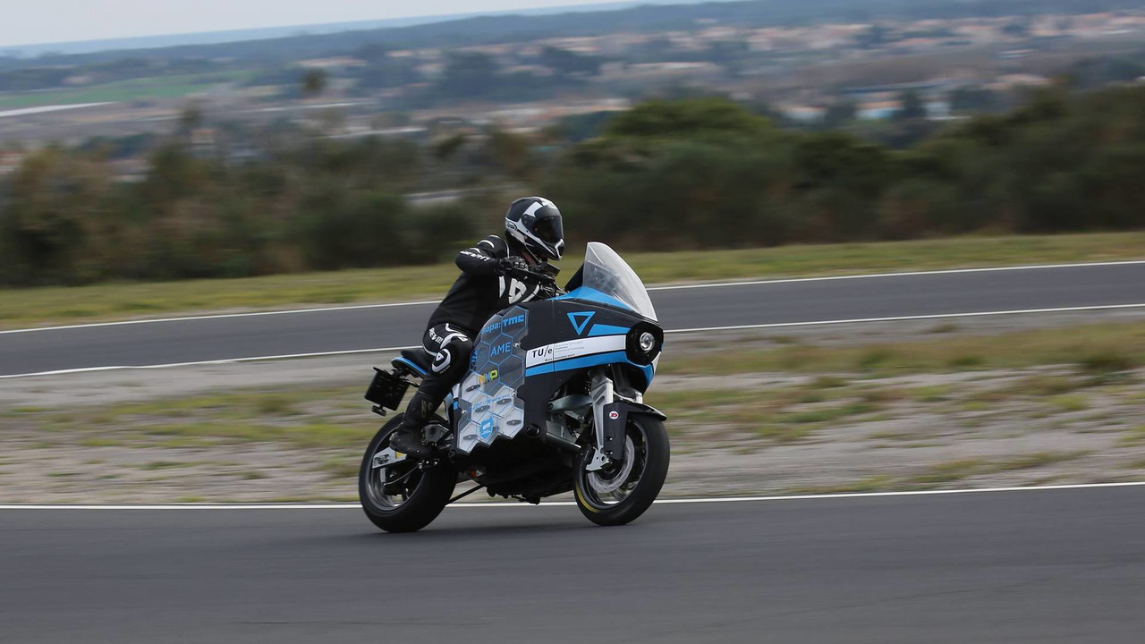 Elektrikli motosiklet takımı, 80 dünde dünya turu hedefliyor
