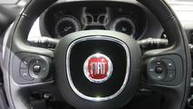 2016 Fiat 500L Trekking Paris Motor Show
