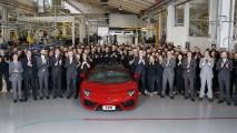 Lamborghini Aventador 5000 adet üretime ulaştı