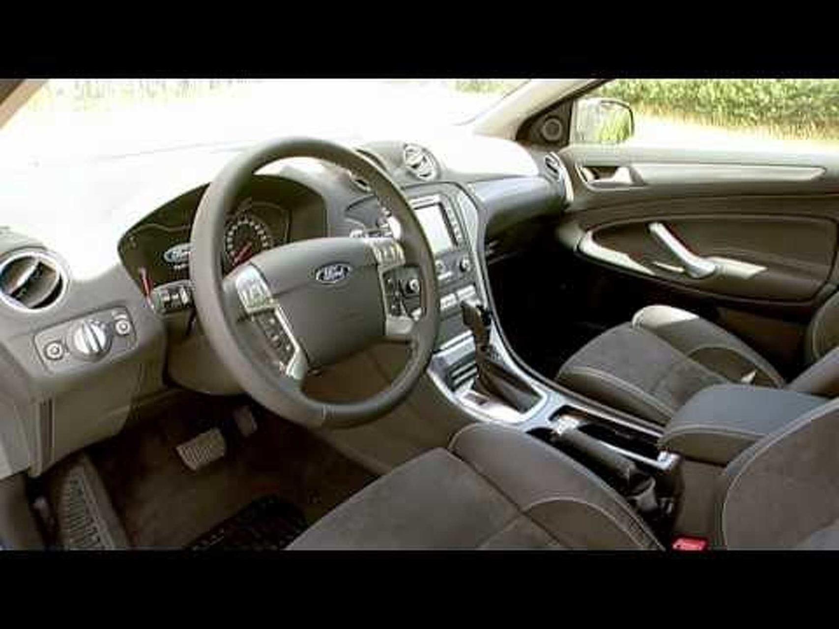 2011 Ford Mondeo Interior