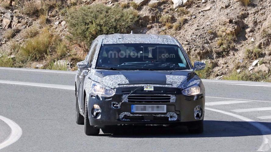 2018 Ford Focus Wagon Spy Photos
