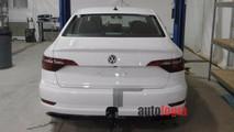 Kamuflajsız 7. nesil Volkswagen Jetta