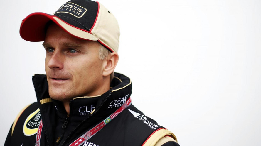 Kovalainen facing Christmas with uncertain future