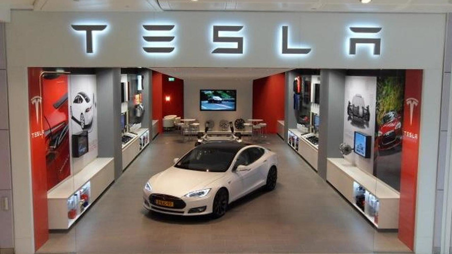 Tesla Motors store in Westfield, London 13.11.2013