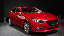 Mazda3 SKYACTIV-Hybrid live in Tokyo 20.11.2013