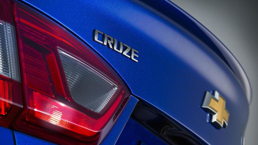 2016 Chevrolet Cruze pricing starts at $17,495