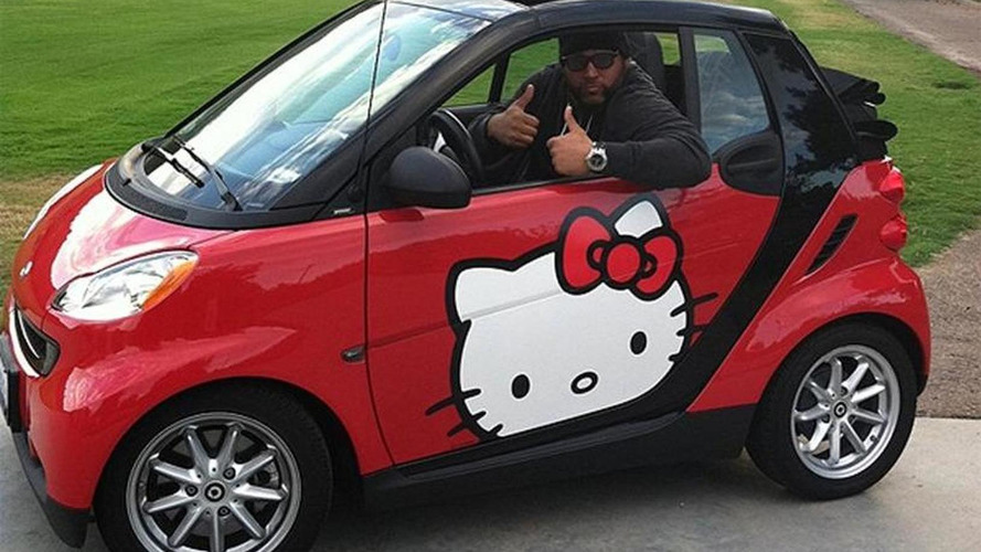 NFL star rolls around in a Hello Kitty ForTwo