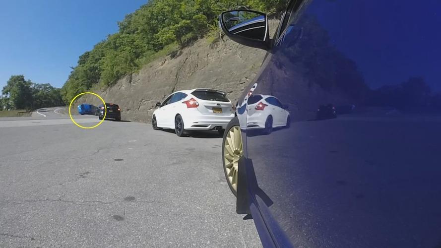 Ford Focus RS drift denemesi kötü sonuçlandı