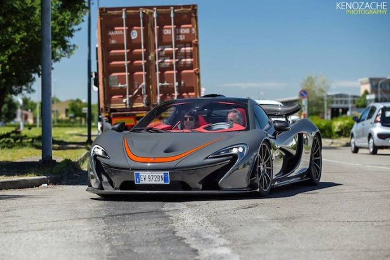 Horacio Pagani Caught Driving a McLaren P1 in Italy