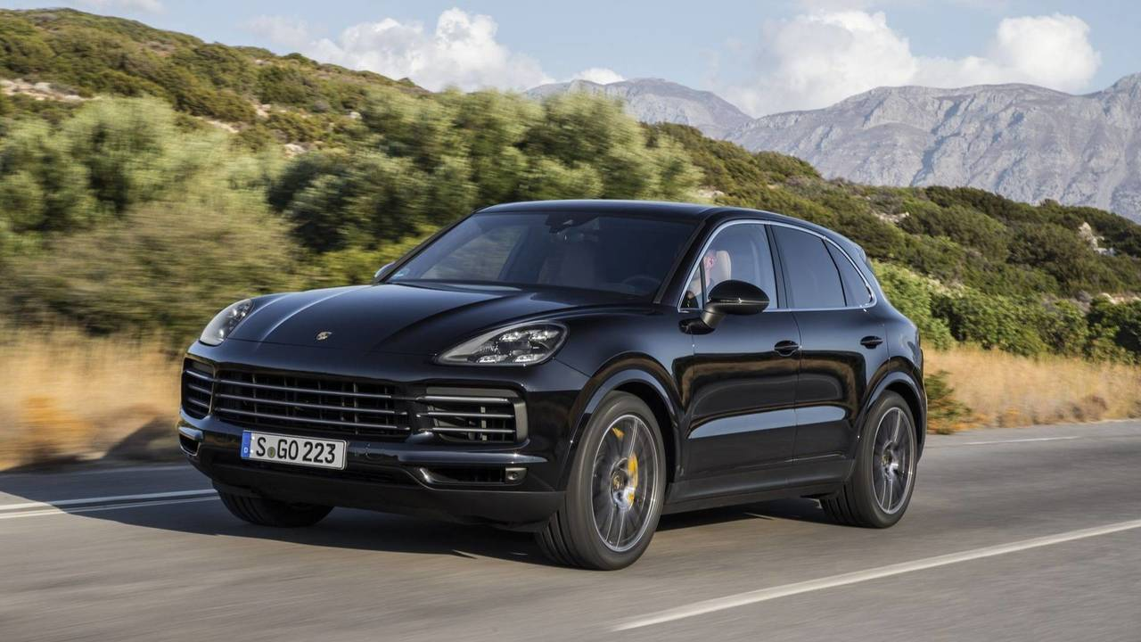 essai porsche cayenne s 2018 le meilleur des deux mondes. Black Bedroom Furniture Sets. Home Design Ideas