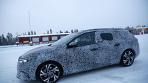 Renault Megane Estate spy photo