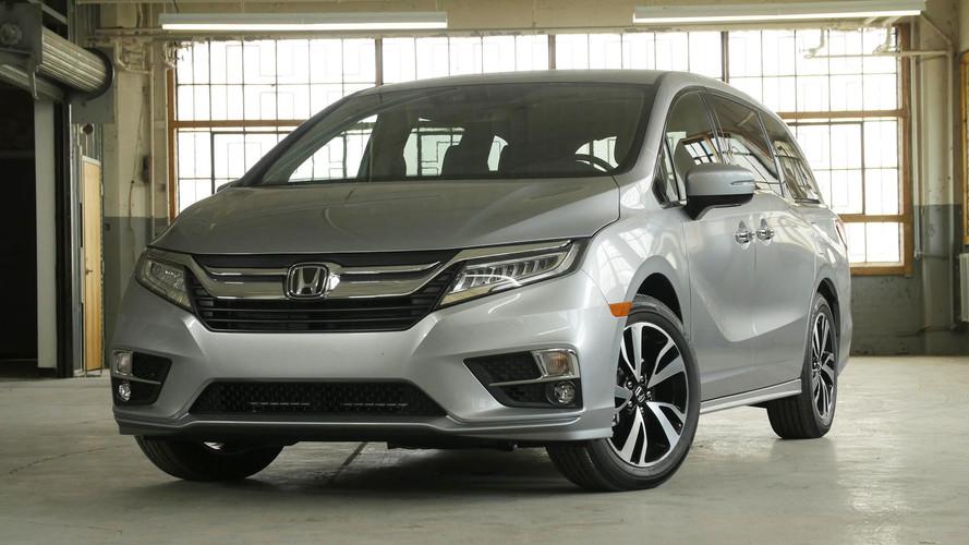 2017 Chrysler Pacifica vs. 2018 Honda Odyssey