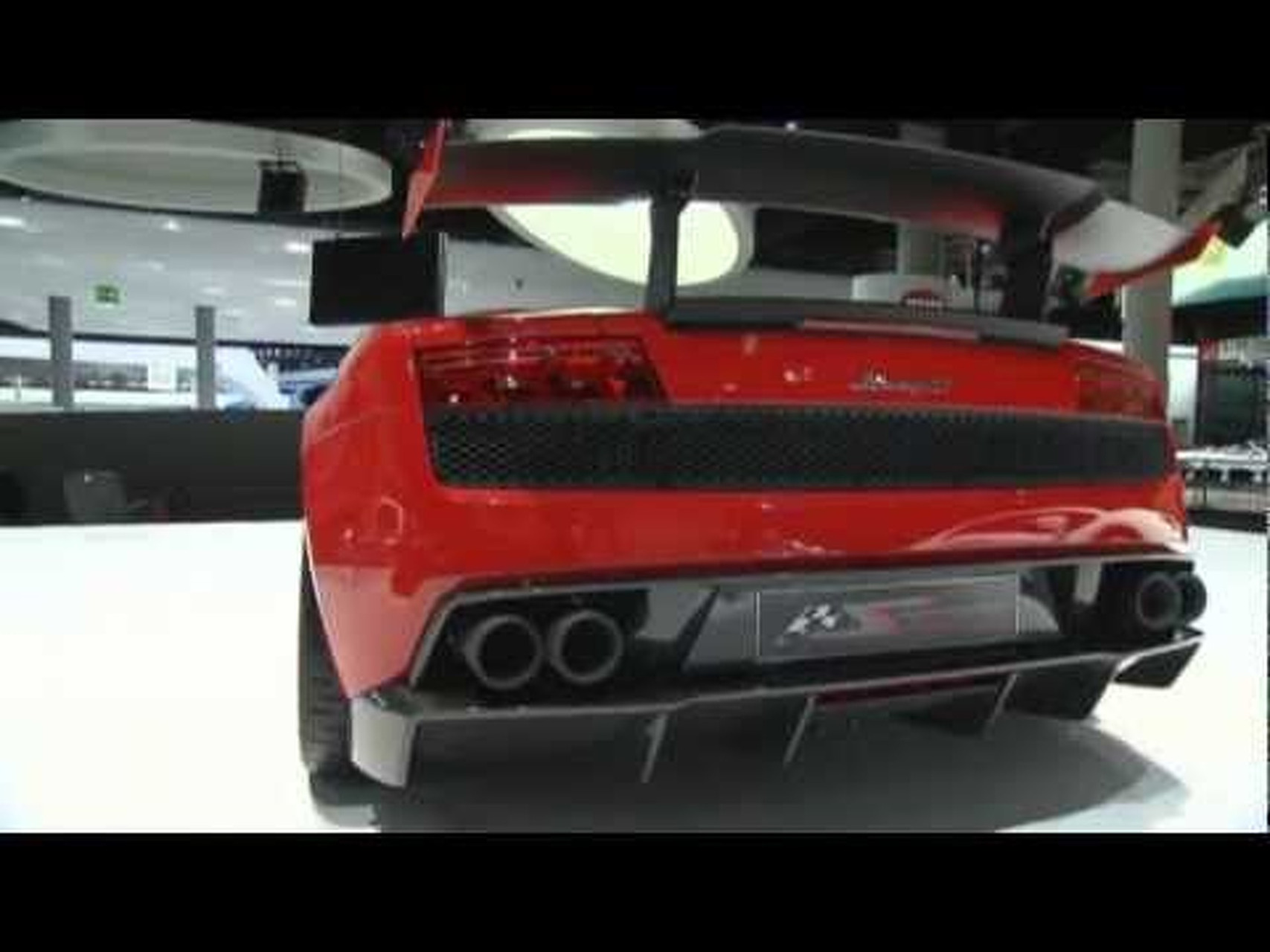 2012 Lamborghini Gallardo LP 570-4 Super Trofeo Stradale Debuts at 2011 IAA in Frankfurt