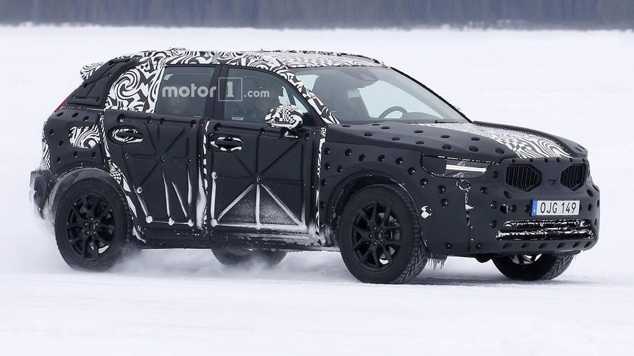 2018 Volvo XC40 Crossover Spied In Winter Testing