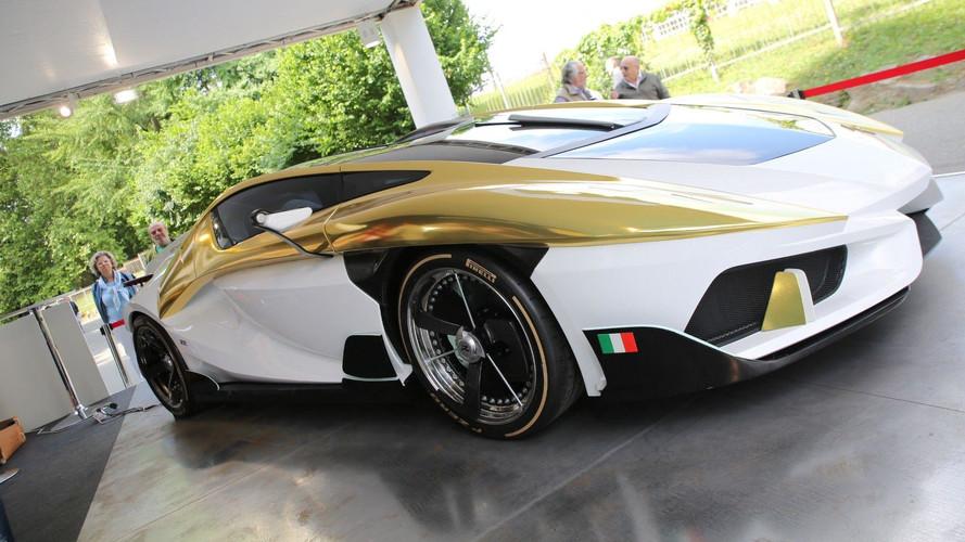 Frangivento'nun elektrikli süper otomobilinin içinde akvaryum var