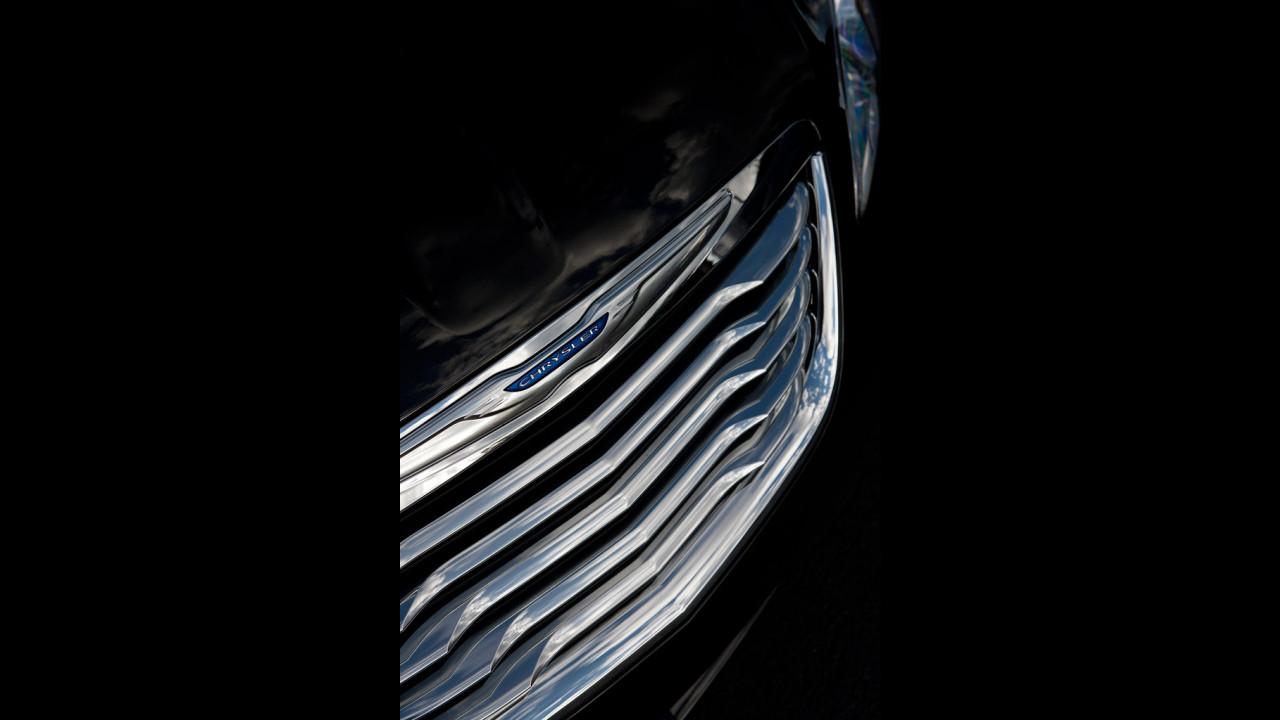 Chrysler 200, le prime immagini
