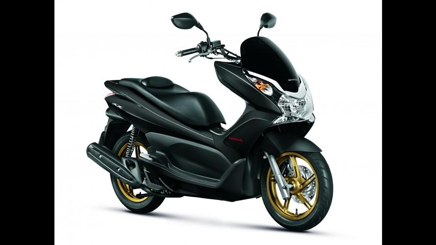 Honda lança PCX na versão DLX por R$ 8.990
