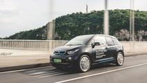BMW i3 az Erzsébet-hídon