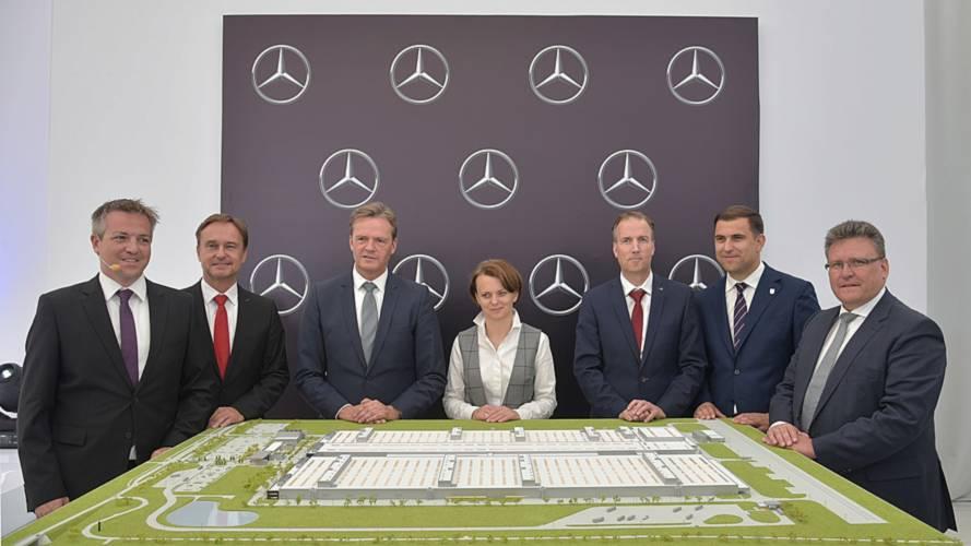 Mercedes-Benz engine plant in Poland