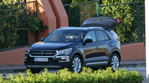 2018 VW T-Roc spy photos