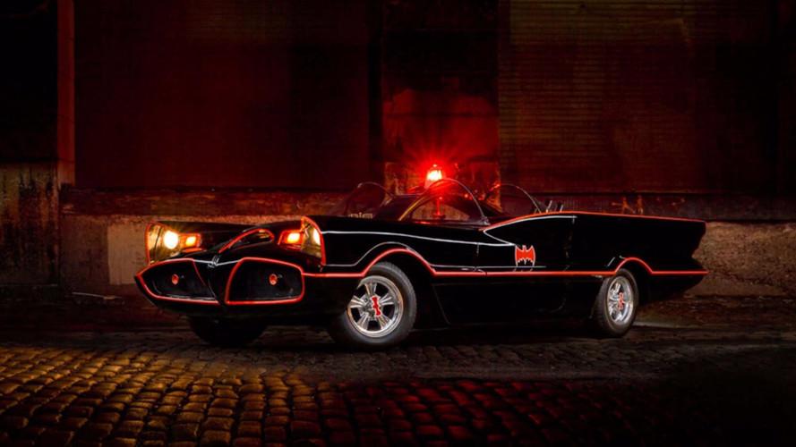Una réplica del Batmóvil de 1966 puede ser tuya
