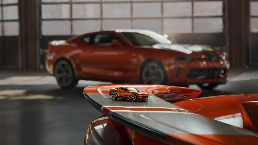 Chevrolet Camaro 2018 Hot Wheels Edition