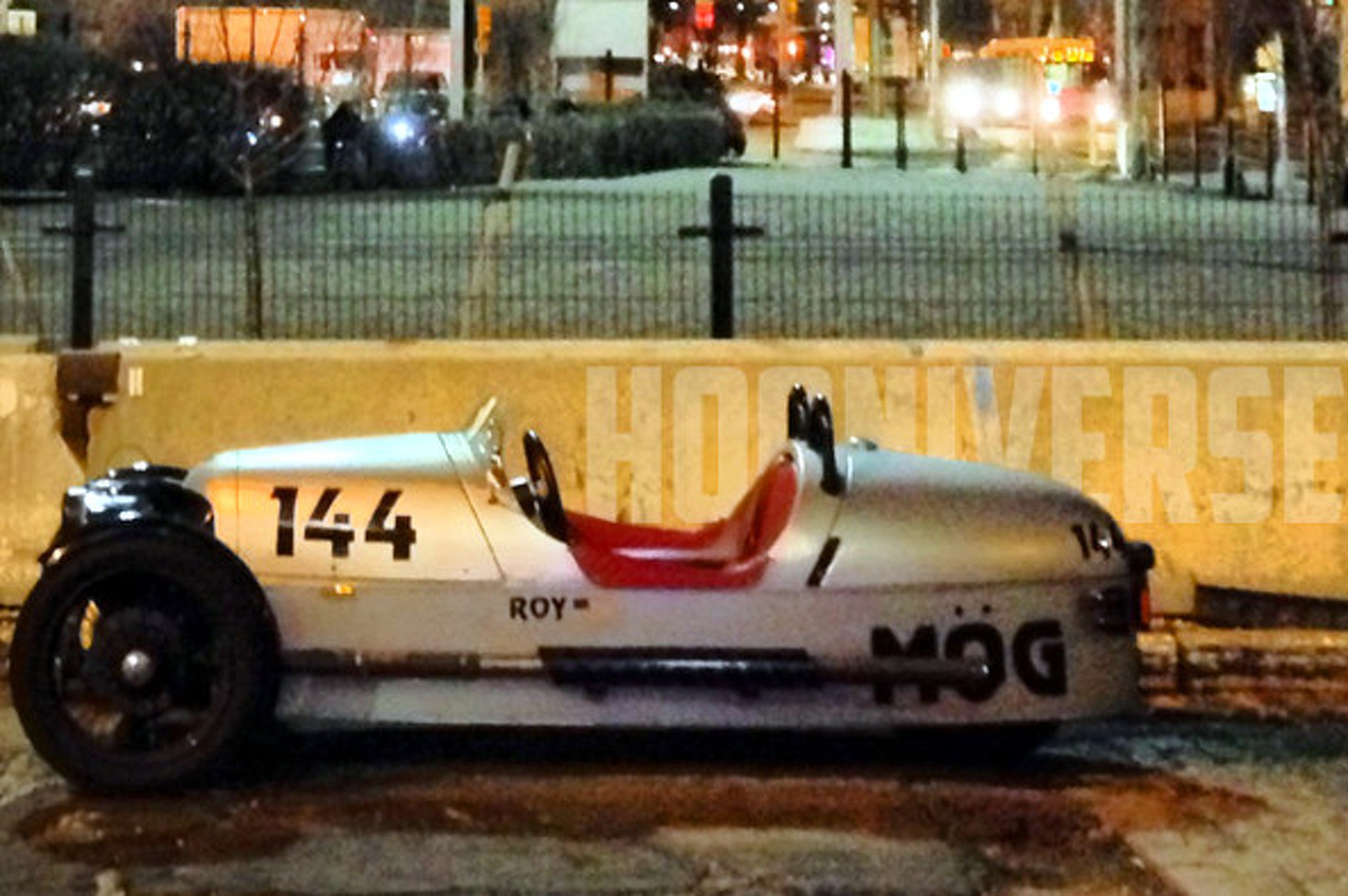 Hooniverse Drives a Morgan Three-Wheeler, Induces Jealousy