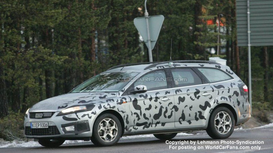 SPY PHOTOS: Ford Mondeo Wagon