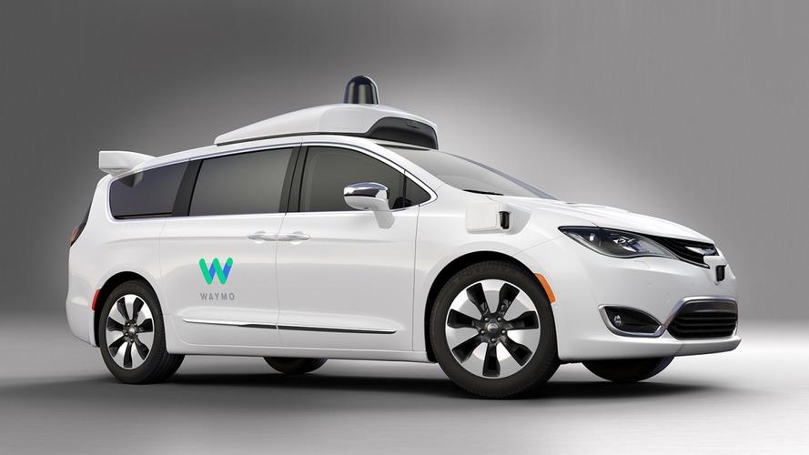 La guida autonoma di Google per i modelli FCA