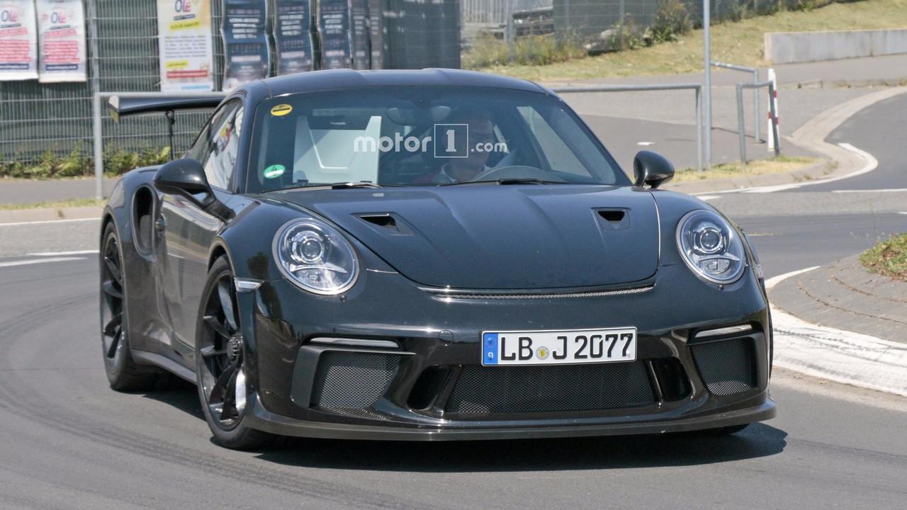 2018 Porsche 911 GT3 RS spy photo