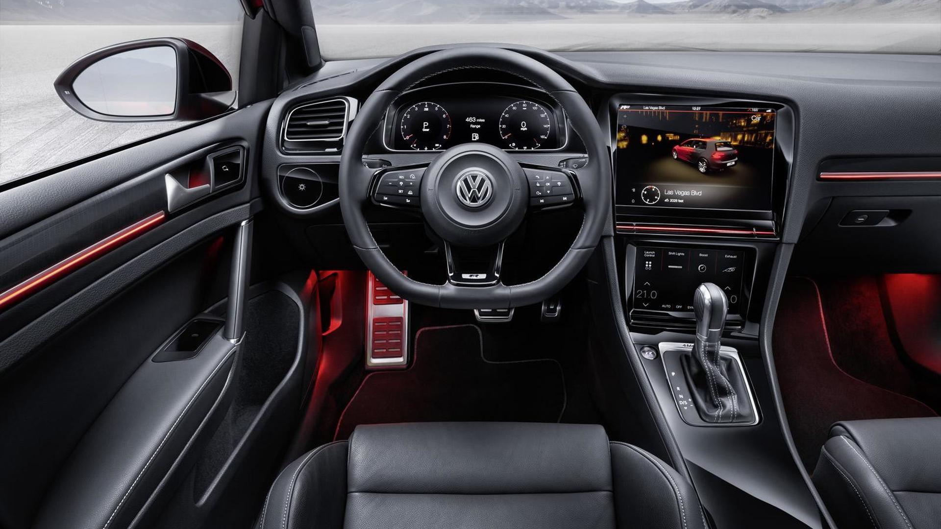 Управление на сенсорных экранах Volkswagen Golf R Touch