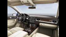 Volkswagen Touareg 2015 ganha tapa no visual e mais equipamentos
