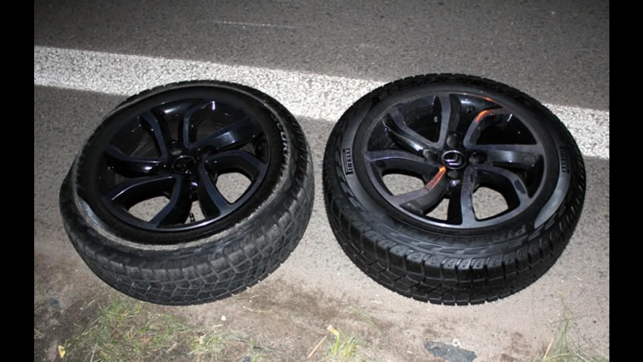 Garagem CARPLACE: Trocando um pneu furado do AirCross