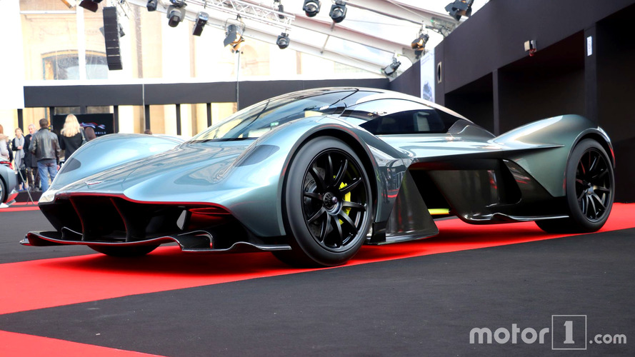 41 fotoğraf ile Aston Martin'in hiper otomobili AM-RB 001!