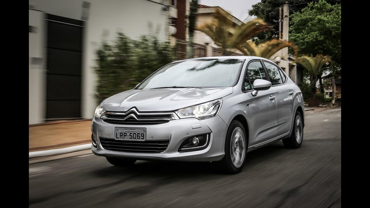 Peugeot-Citroën fecha 1º semestre no azul depois de três anos de prejuízo