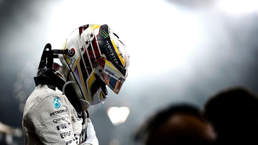 f1-pirelli-november-testing-2016-lewis-hamilton-mercedes-f1-team-testing-2017-spec-pirelli