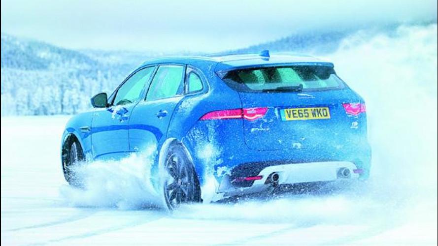 Jaguar F-Pace tra i ghiacci con José Mourinho [VIDEO]