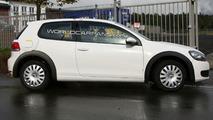 VW Golf VII test mule spy photo 09.30.2009