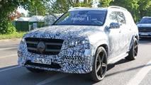2020 Mercedes GLS new spy photos