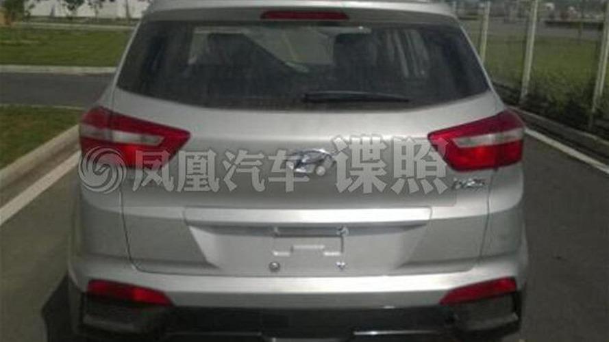 Hyundai ix25 spied naked in China