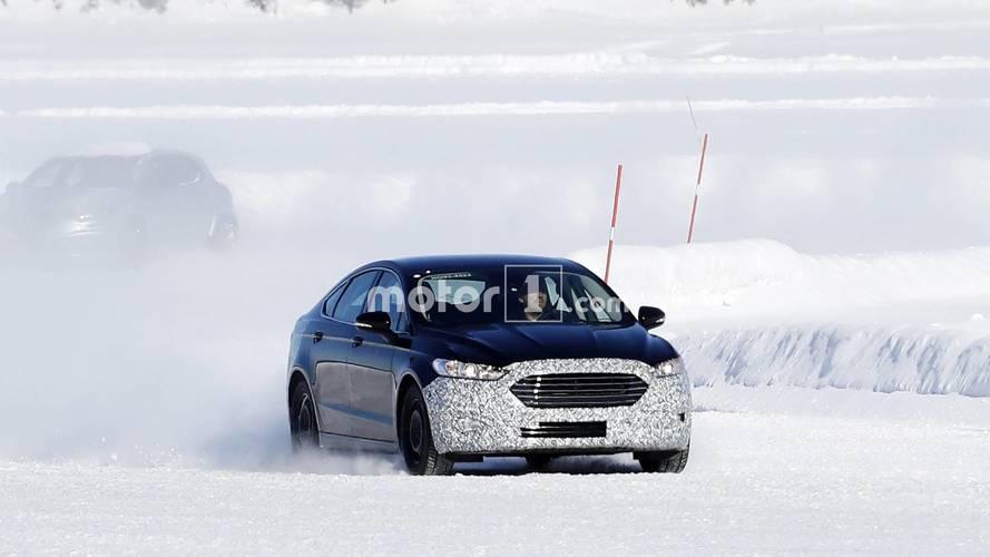 Ford Mondeo facelift spy photos