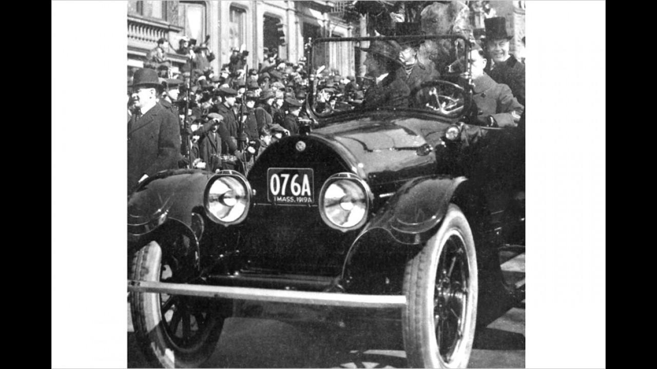1919: Der 28. US-Präsident Woodrow Wilson in einem Cadillac. Wie der aktuelle Präsident Obama erhielt Wilson den Friedensnobelpreis.