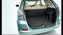Honda Fit Shuttle é lançada no Japão em versões híbrida e a gasolina