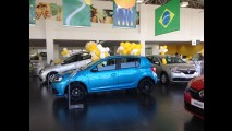 Novo Renault Sandero já é vendido com sobrepreço de até R$ 2 mil