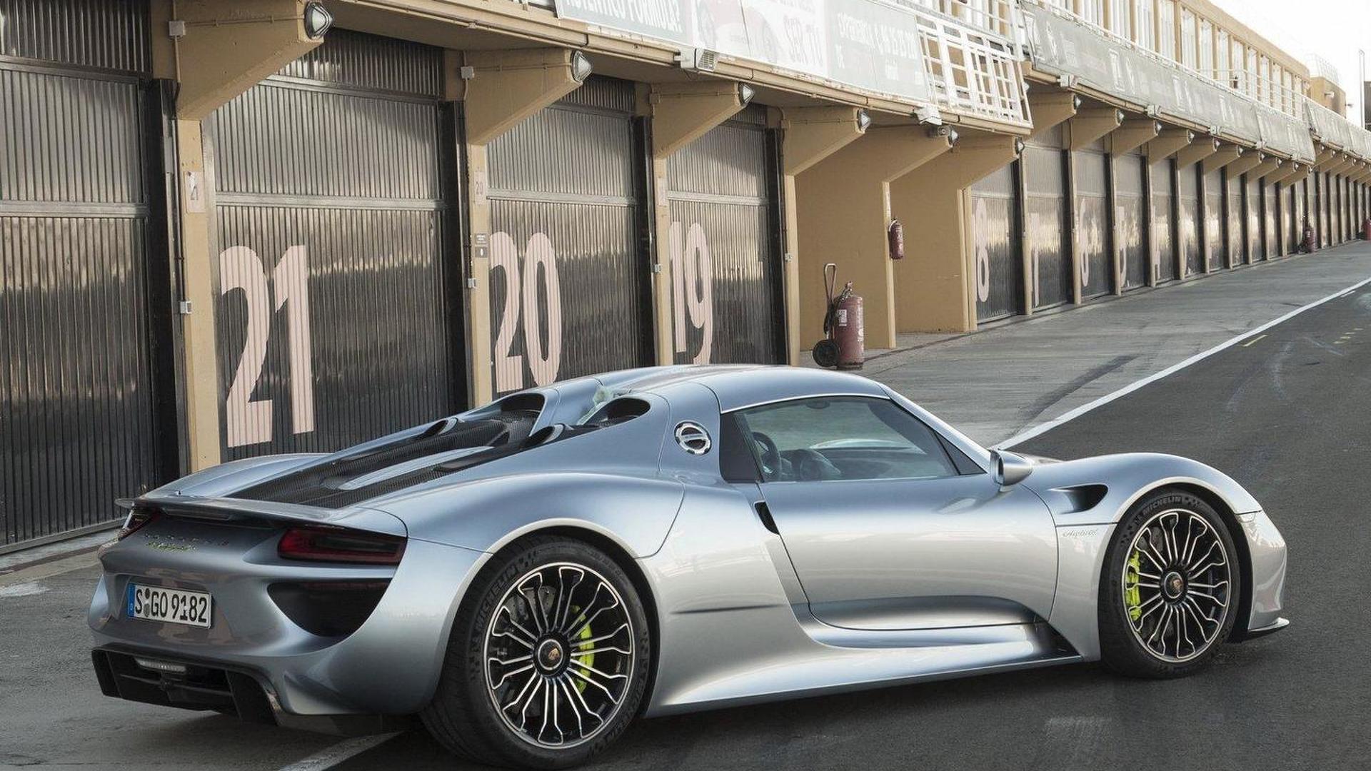 2013-435414-2014-porsche-918-spyder1 Amazing Porsche 918 Spyder sold Out Cars Trend