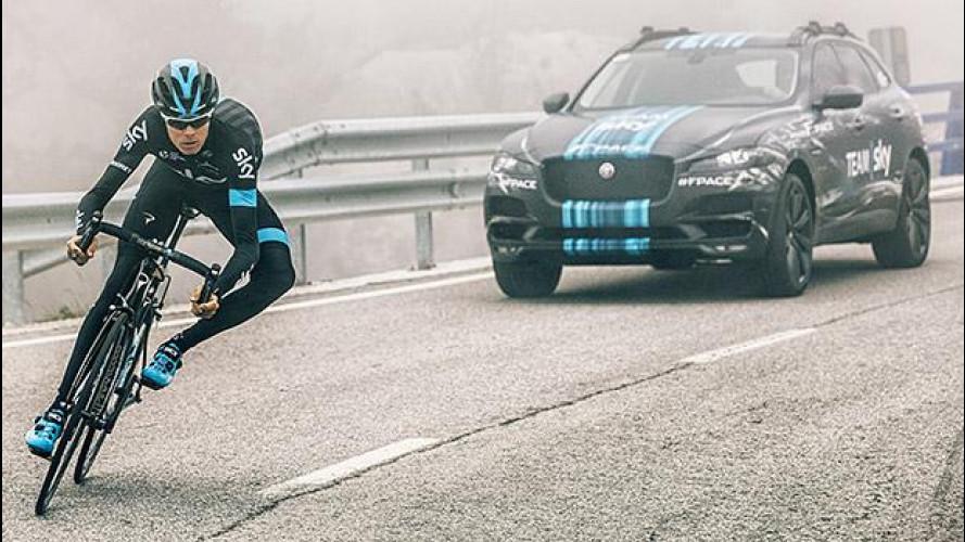 Jaguar F-PACE, in anteprima al Tour de France
