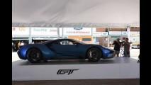 Vexame: Protótipo do Ford GT 2017 não liga durante exibição - vídeo